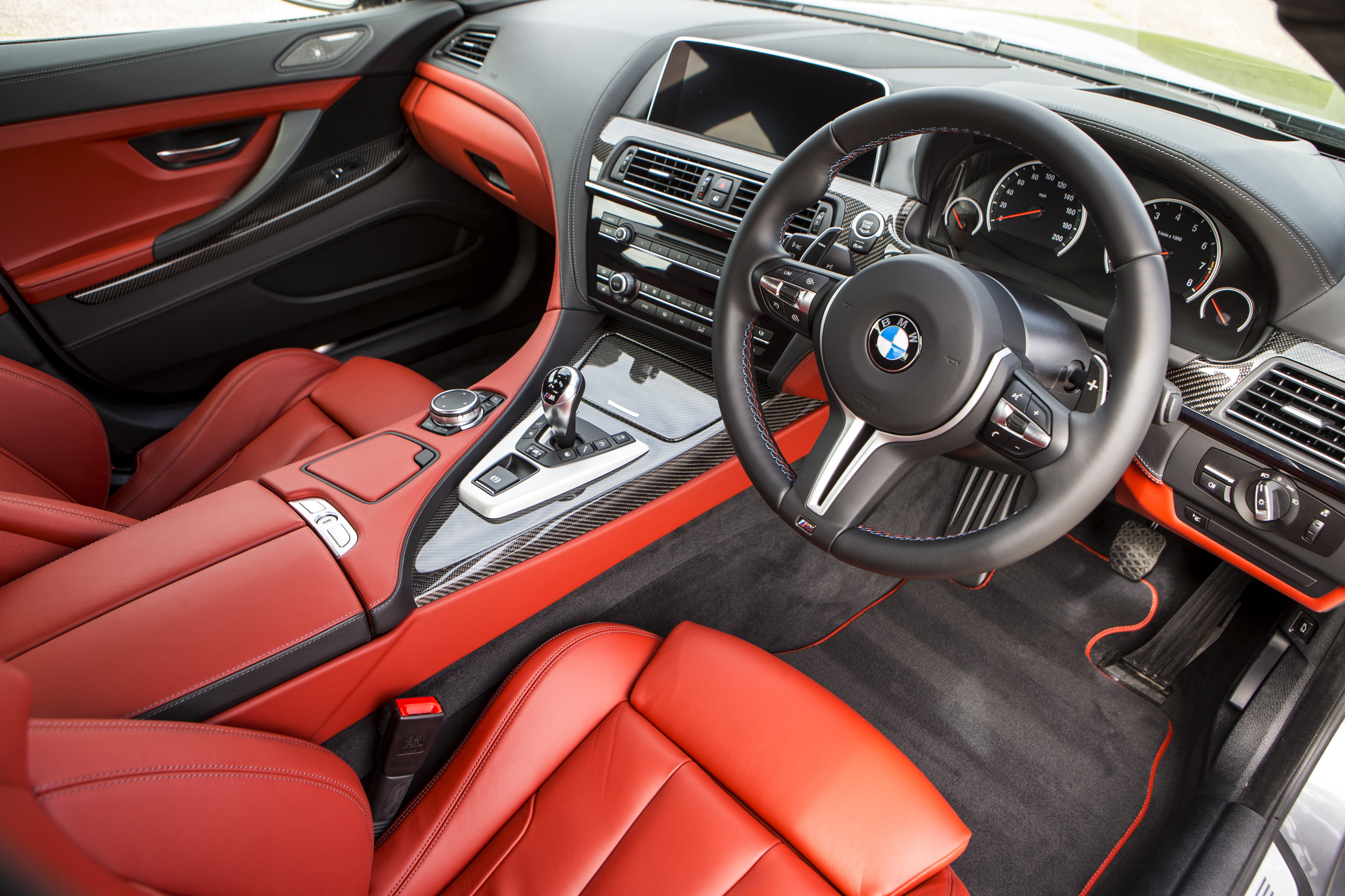 New BMW 6 Series Coupe Gran And Convertible