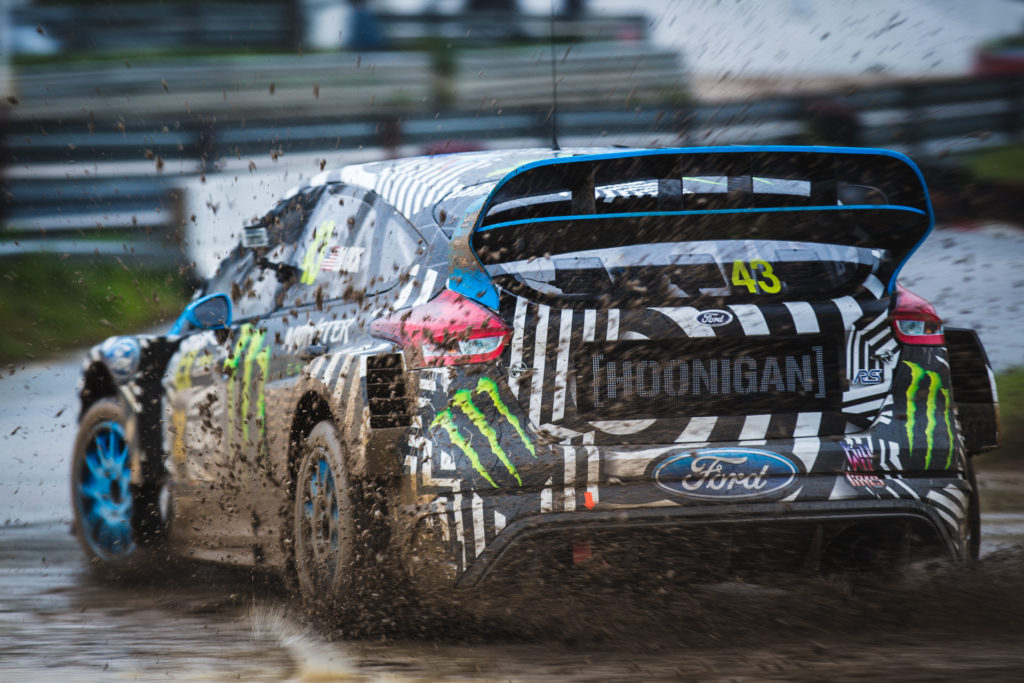 600 hp ford focus rs rx debuts at portugal fia world rallycross motrface. Black Bedroom Furniture Sets. Home Design Ideas
