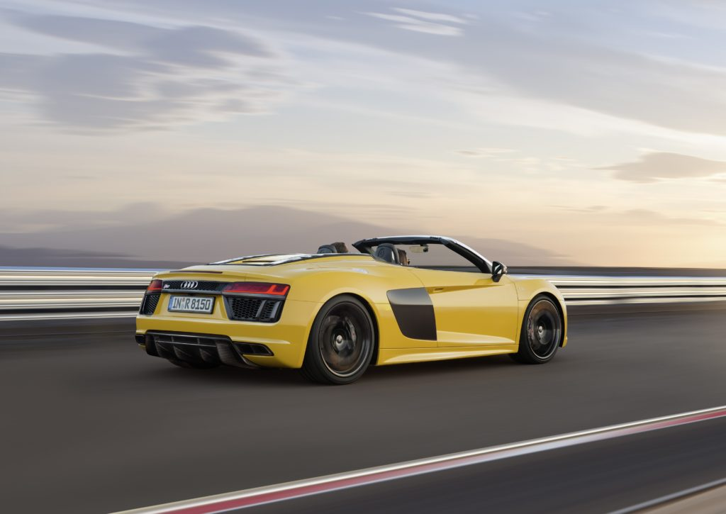 Audi R8 Spyder V10 in Vegas Yellow