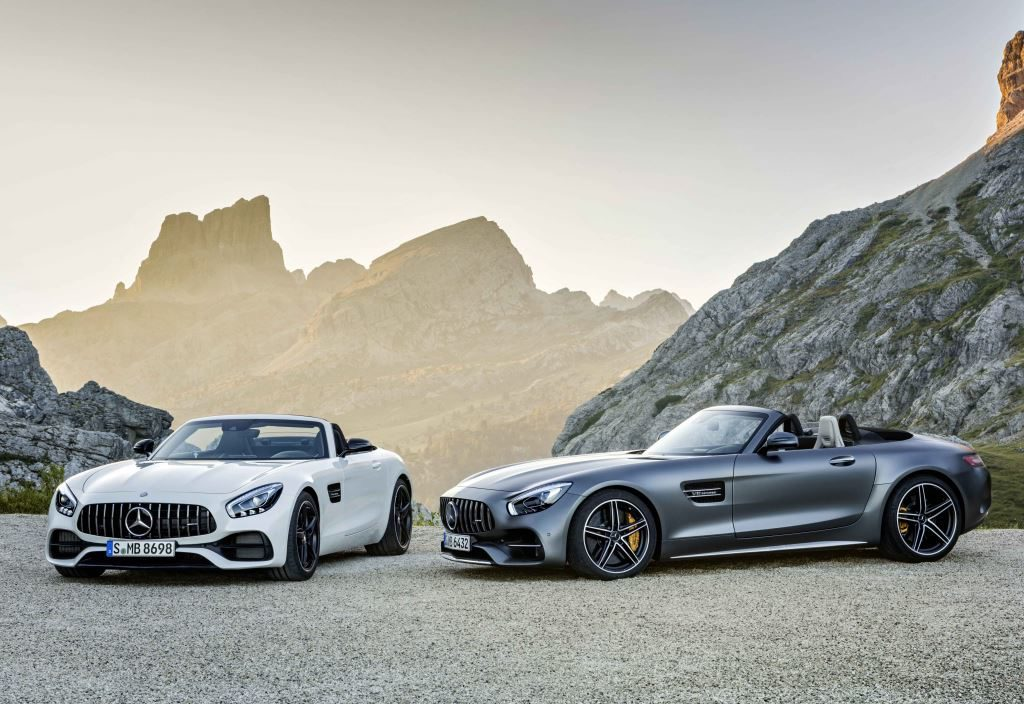 Mercedes-AMG GT Roadster (L) and GT C Roadster (R)
